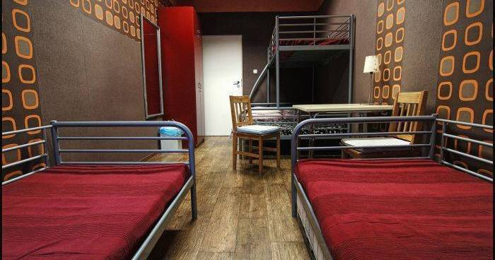 Make cheap reservations at a hostel like Kanonia