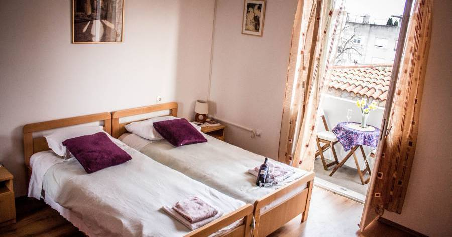 backpacker hostel in Split