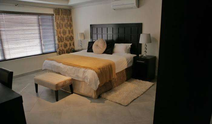 Find low rates and reserve youth hostels in Johannesburg